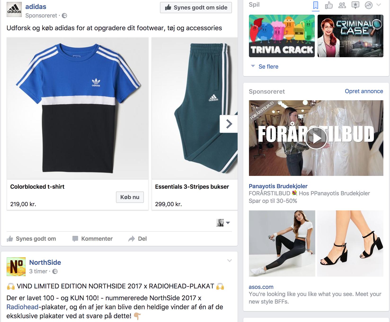 Tilfældigt skærmbillede på Facebook fyldt med reklamer